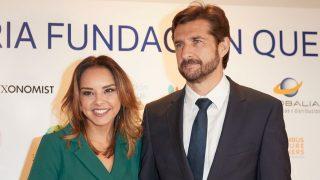 Chenoa y su prometido, Miguel Sánchez Encinas, en una imagen de archivo / Gtres