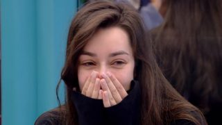 Adara se cambia de look (Foto: Telecinco)