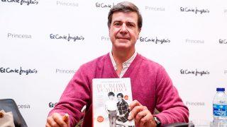 Cayetano Martínez de Irujo en la firma de su libro en Madrid / Gtres