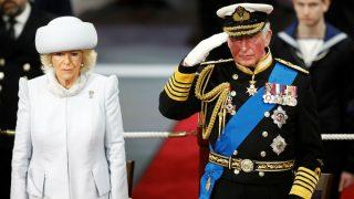 Carlos de Inglaterra y Camilla Parker (Foto: Gtres)