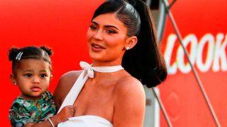 Kylie Jenner y su hija Stormi / Gtres