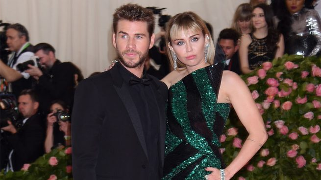 Miley Cyrus; Liam Hemsworth