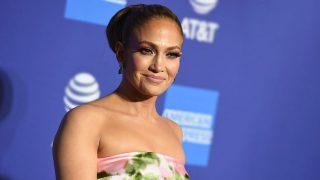 GALERÍA: Jennifer Lopez y otras estrellas en la primera jornada del Festival de Palm Springs. / Gtres