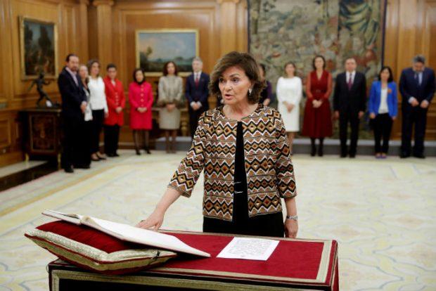 Un aplauso, un viaje repentino y un doble plagio a Letizia: las claves de la toma de posesión de los nuevos ministros