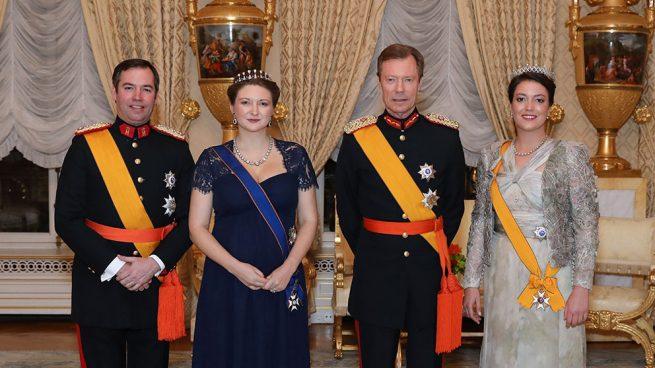 Stéphanie de Lannoy, una premamá pantone y a lo Kate Middleton