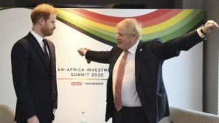 El príncipe Harry y el primer ministro de Reino Unido, Boris Johnson (Foto: Gtres)