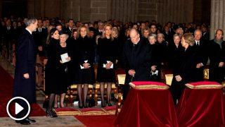 Así ha sido el reencuentro de los Reyes con doña Cristina /  EFE