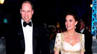 Los duques de Cambridge en la alfombra roja de los Premios BAFTA / Gtres