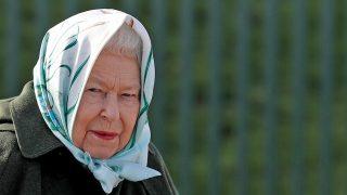 La reina Isabel durante el acto / Gtres