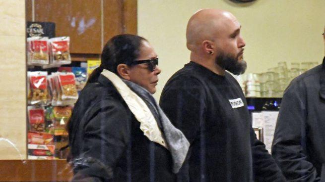 Kiko Rivera e Isabel Pantoja han acudido a estar con Irene Rosales en estos duros momentos / Gtres.