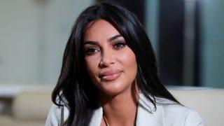 Kim Kardashian durante una entrevista en Armenia / Gtres