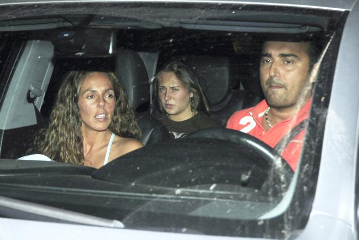 Rocío Flores junto a Rocío Carrasco y Fidel Albiac en una imagen de 2011 / GTRES