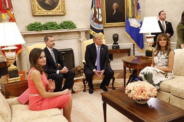 Los Reyes Letizia y Felipe, el presidente Donald Trump y la Primera Dama Melania