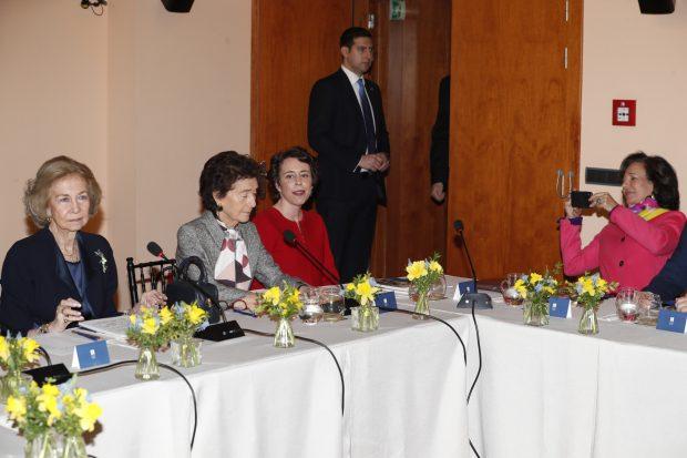 Ana Botín, inesperada 'paparazzi' de la reina Sofía tras su regreso a España