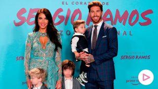 Pilar Rubio y Sergio Ramos con sus tres hijos en una imagen de archivo / Gtres