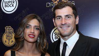 Iker Casillas y Sara Carbonero durante los premios Dragón de Oro en Oporto / Gtres