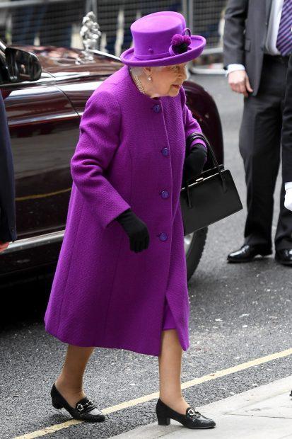 La demoledora 'venganza' de la reina Isabel contra los Sussex