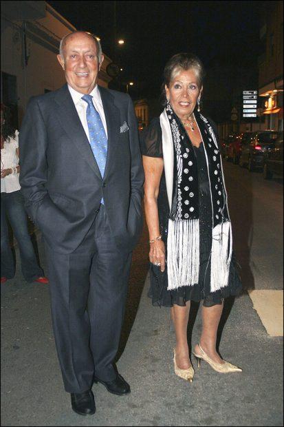 Lucio y su mujer María del Mar García en una imagen de archivo/Gtres