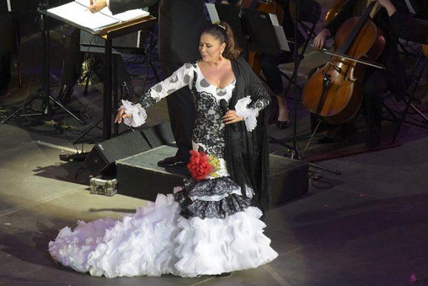 Isabel Pantoja durante su concierto en Gran Canaria/Gtres