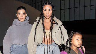 La familia Kardashian apoya a Kanye West en París. / Gtres