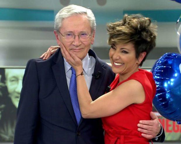 Sonsoles Ónega y su padre en la celebración de los 30 cumpleaños de Telecinco / Telecinco