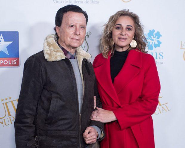 Ana María Aldón y su esposo José Ortega Cano en una presentación / GTres