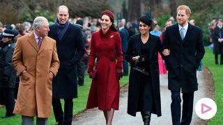 Carlos de Inglaterra, los duques de Cambridge y los duques de Sussex en la Navidad de 2018 / Gtres