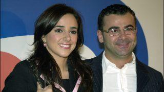 Carmen Alcayde y Jorge Javier Vázquez druante los premios de la campaña '12 meses 12 causas' de Telecinco. / GTRES