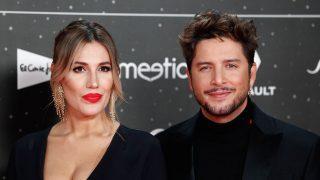 Manuel Carrasco y Almudena Navalón en los premios de 'Los 40 principales', 2019/ GTRES