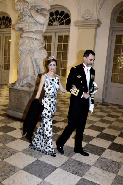 Marie Chantal de Grecia nos abre las puertas de su casa 'vestida de Letizia'
