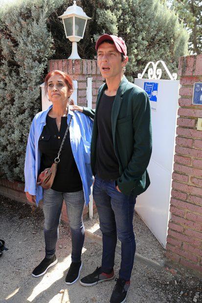 Camilo Blanes junto a su madre Lourdes Ornelas en una imagen de archivo/Gtres