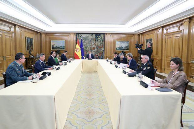 Reunión entre el Rey, el presidente del Gobierno y el Técnico de Gestión del Coronavirus / GTRES