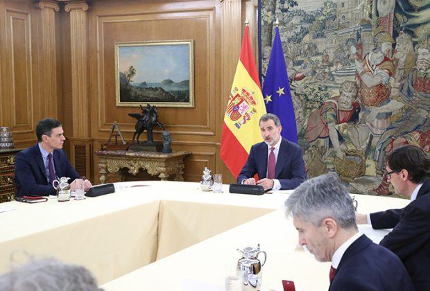 En la reunión entre el Rey, el presidente del Gobierno y el Técnico de Gestión del Coronavirus / GTRES