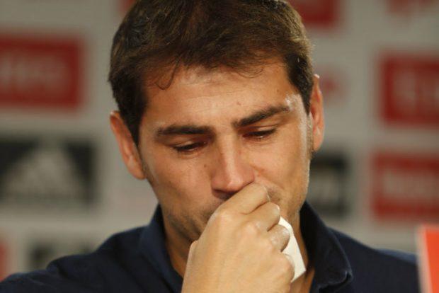 Las lágrimas del adiós de Casillas al Real Madrid en el verano de 2015 / GTRES