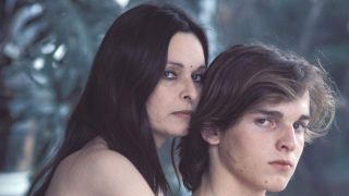 Lucía Bosé y su hijo, Miguel Bosé, en una imagen de archivo / Gtres