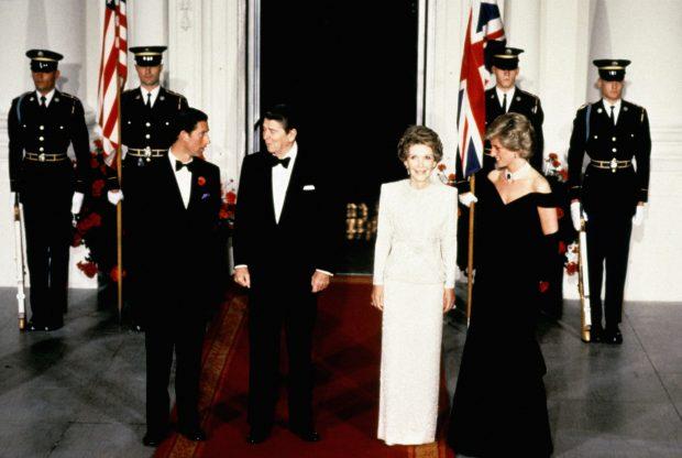El día que Diana de Gales se convirtió en estrella de «Fiebre del  sábado noche»