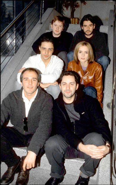 Varios de los protagonistas de 'Compañeros' durante la promoción de la película en 2001. Imagen de archivo / GTRES