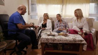 Carmen Borrego, Victor Sandoval, Bibiana Fernández y El Dioni en 'Ven a cenar conmigo'./ Mediaset