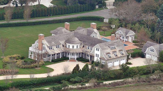 Éxodo de millonarios a los Hamptons, lugar exclusivo donde veraneaban la infanta Elena y Marichalar