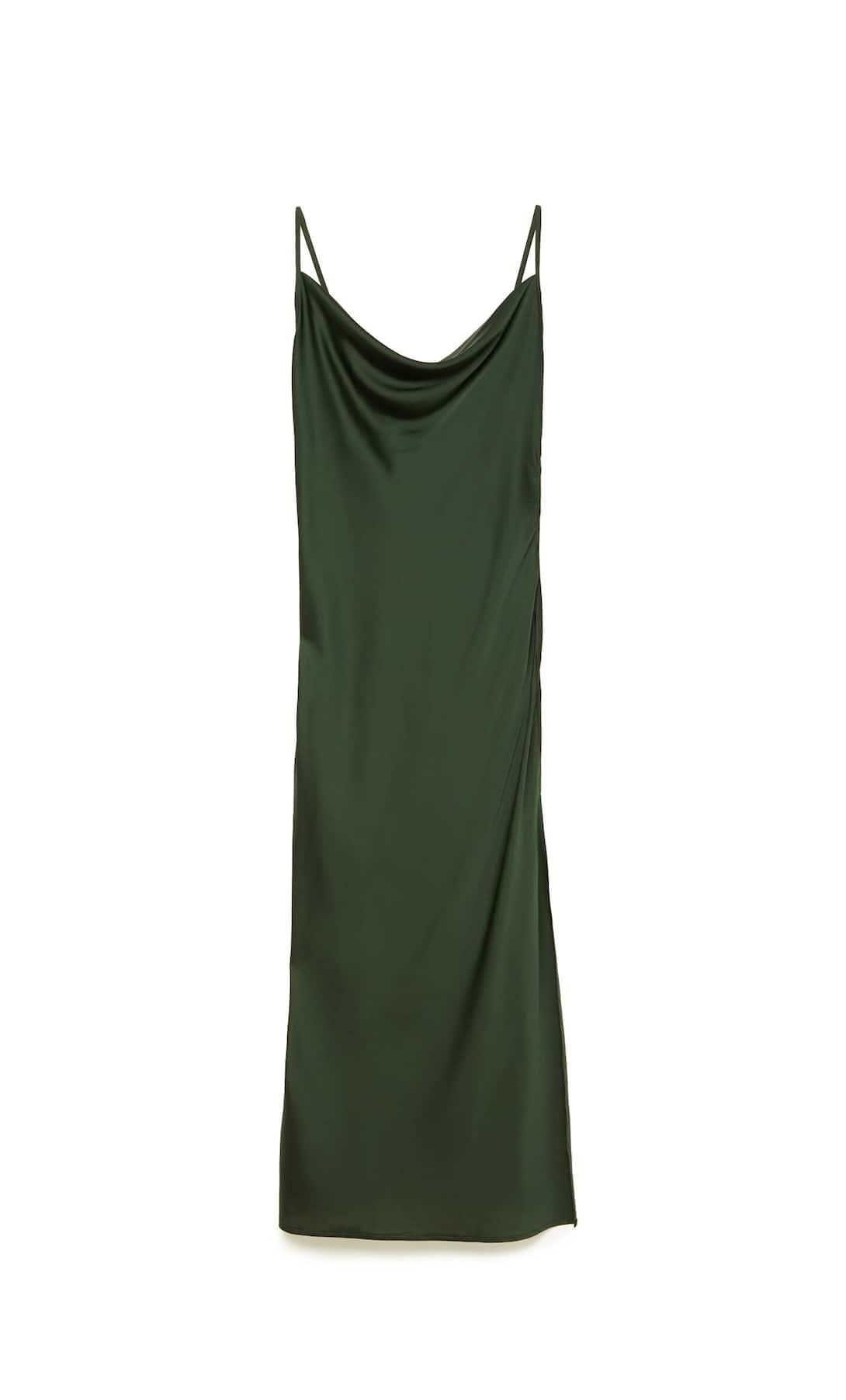 ¿Cómo vestir como Valeria, Nerea, Carmen y Lola de la serie 'Valeria' con prendas de Zara y Stradivarius?