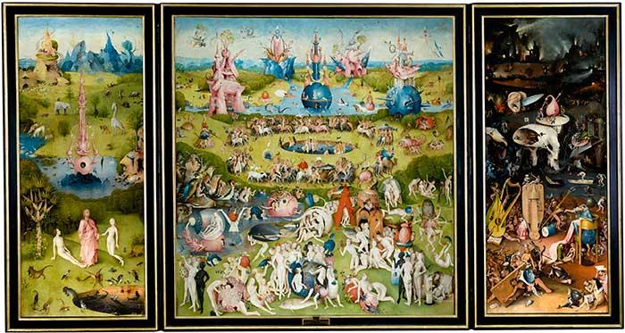 """El Rey tiene una proyección sobre una pantalla de una de las obras de arte más emblemáticas de la Historia, """"El jardín de las delicias"""" / Wikipedia"""