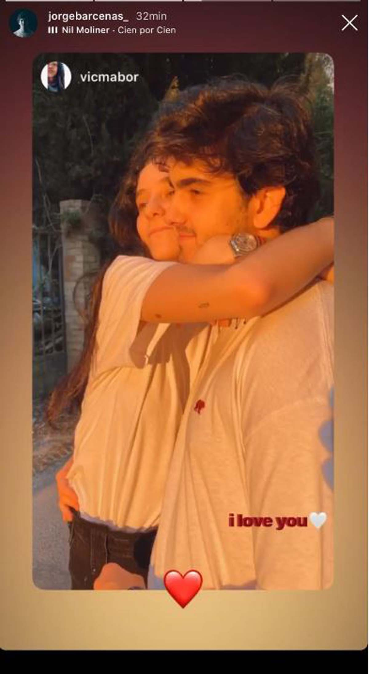 Victoria Federica y Jorge Bárcenas abrazados en la Sierra de Cazorla / Instagram