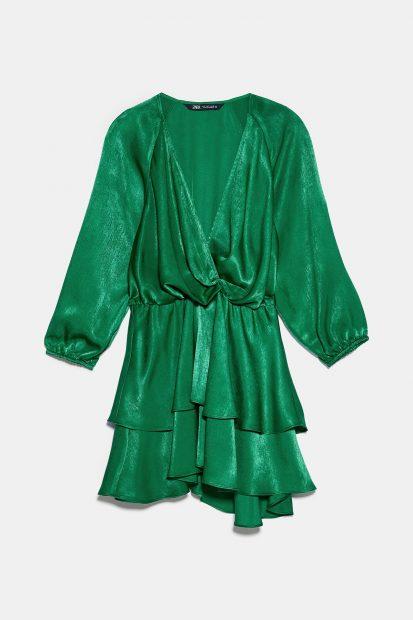 Las rebajas de Zara ponen a tu disposición vestidos dignos de la realeza a menos de 20 euros