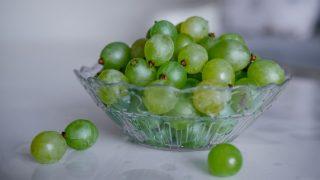 Mascarilla astringente casera de uva