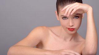 Tips para cuidar la piel del cuello y escote