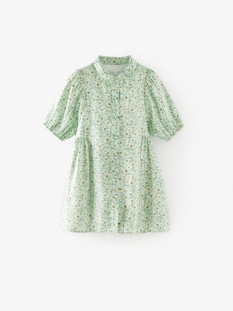 El vestido babydoll camisero con el que compiten Zara Kids y Stradivarius