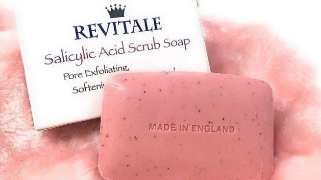 El jabón facial que arrasa en Amazon es perfecto para combatir el acné