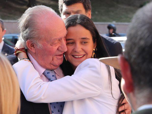 Rey Juan Carlos y Victoria Federica
