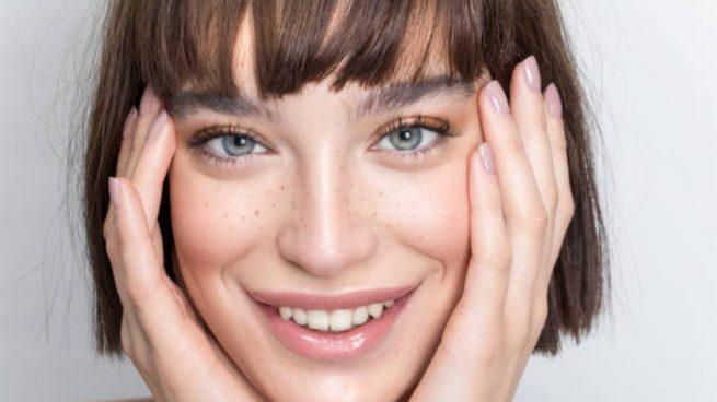 maquillaje personas con flequillo