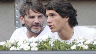 Pablo Castellano y Fernando Tejero como espectadores de un partido de tenis en mayo de 2014 / GTRES